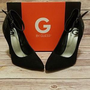 Shoes - NIB Guess Fabien Black Pumps Size 8.5